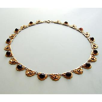 Pink gold necklace with Garnet