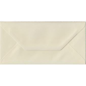Ivoire posé gommées DL couleur ivoire enveloppes. 100gsm FSC papier durable. 110 mm x 220 mm. banquier Style enveloppe.