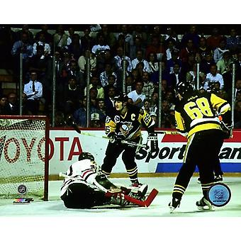 Jaromir Jagr & Mario Lemieux Game 4 of the 1992 Stanley Cup Finals Photo Print