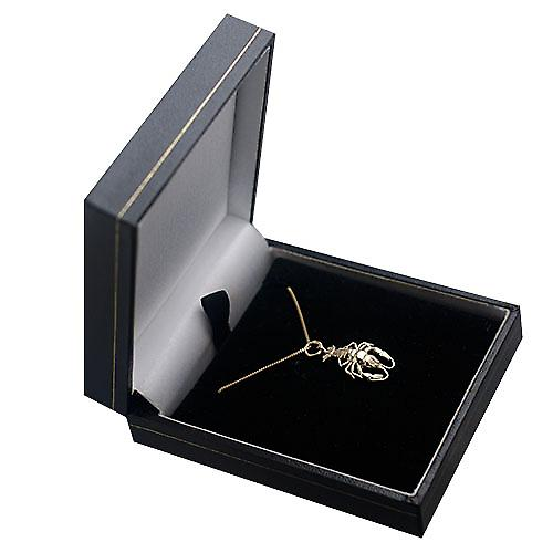 9ct Gold 21x13mm Lobster Pendant with a curb Chain 16 inches Only Suitable for Children
