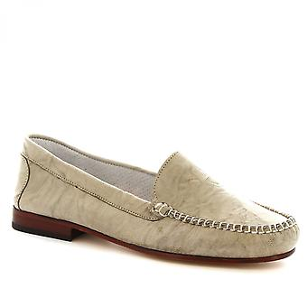 Leonardo Shoes Women's handmade slip-on flat loafers in grey calf leather