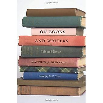 Om böcker och författare: utvalda essäer