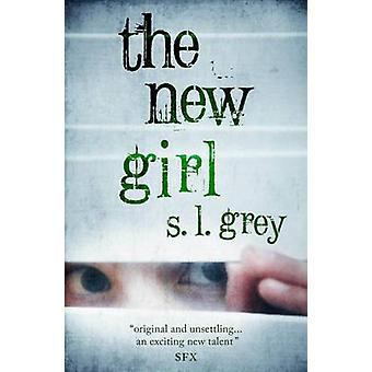 A nova garota (principal) por S. L. Grey - livro 9780857895929