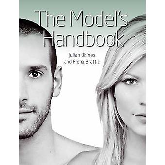 Manuale del modello da Julian Okines - Fiona Brattle - 9781847973009