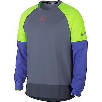 Nike Element besättning
