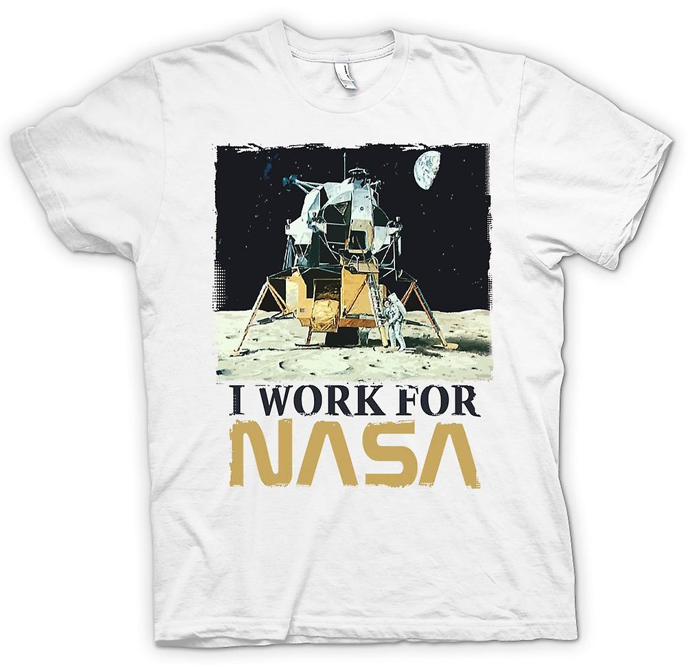 Mens T-shirt - I Work For Nasa - Moon Landing Conspiracy