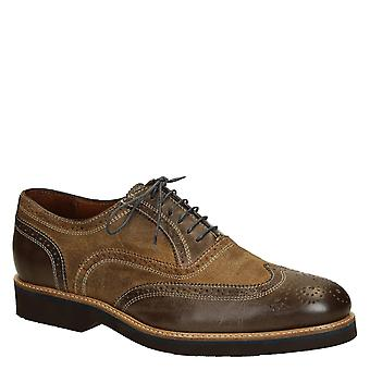 Men's oxfords shoes in two tone brown leather