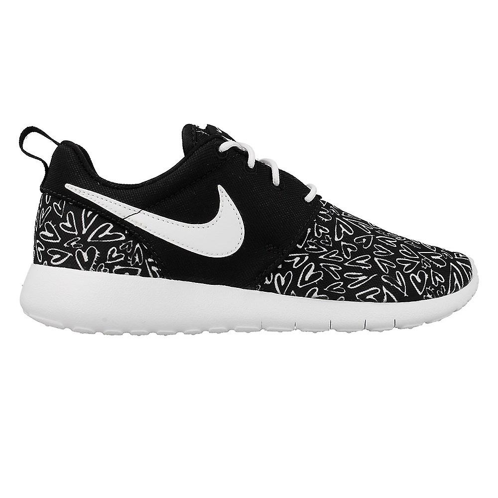 7339c96f126b9 Nike Roshe One Print GS 677784005 universal all year kids shoes