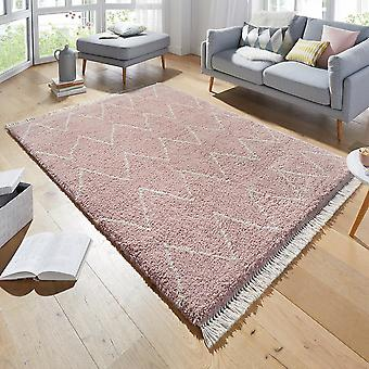 Design carpet deep pile Ruby Rosa with fringes