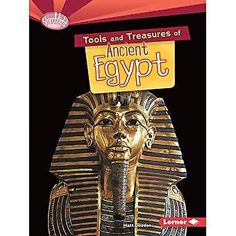 Tools and Treasures of Ancient Egypt (Searchlight Books: What Can We Learn from Early Civilizations?)