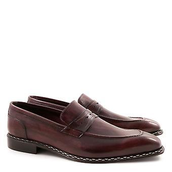 Penny loafers för män handgjorda i lux vinrött läder