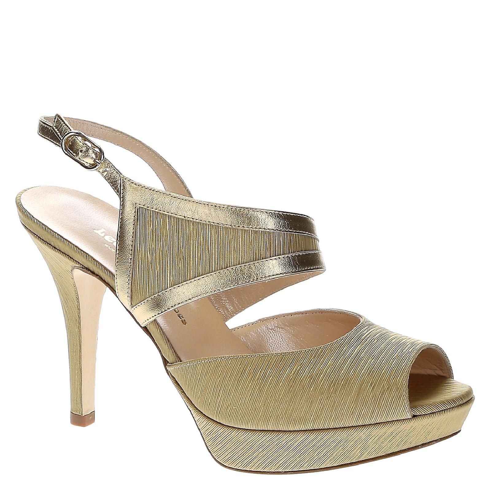Platform in sandals in Platform platinum leather and satin 57f7a8