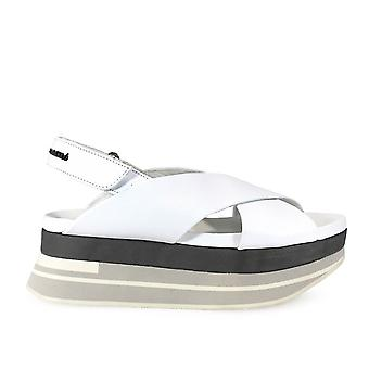 Paloma Barceló women's SHO2NAW1 White Leather sandals