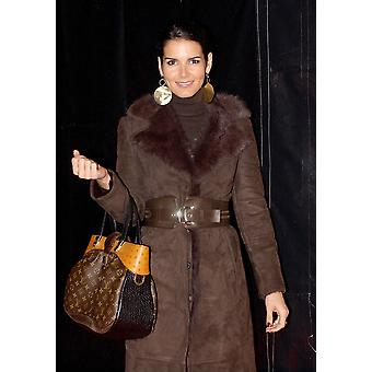 Angie Harmon At Arrivals For 700 Sundays Opening Night The Wilshire Theatre Los Angeles Ca January 12 2006 Photo By John HayesEverett Collection Celebrity