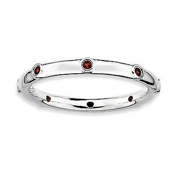 Bisel plata pulido expresiones apilable rodio granate anillo - tamaño del anillo: 5 a 10