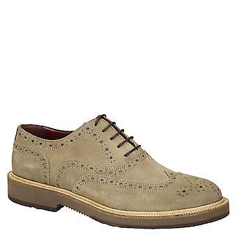 ベージュ スエード レザー メンズ ウイング チップ短靴オックスフォード シューズ