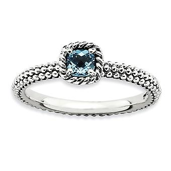 2.5 mm Sterling Zilver Prong instellen Antique finish stapelbare expressies Checker-cut Blue Topaz Boulder Ring - Ringmaat: 5
