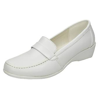 Ladies Spot On Mid Wedge Moccasin - F9195