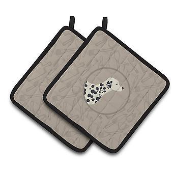 Carolines Treasures  CK2181PTHD Dalmatian In the Kitchen Pair of Pot Holders
