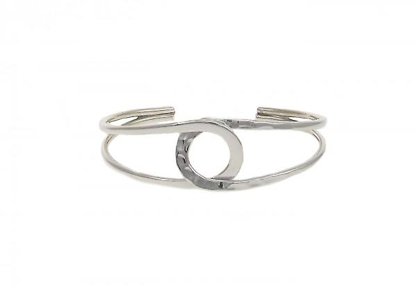 Cavendish French Sterling Silver Beaten Eagle Eye Bangle