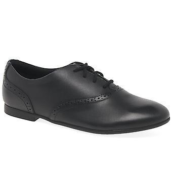 Clarks Jules gange jenter Senior School sko