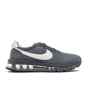 Nike Air Max LD-nul / Fragment 885893 002 WomensTrainers