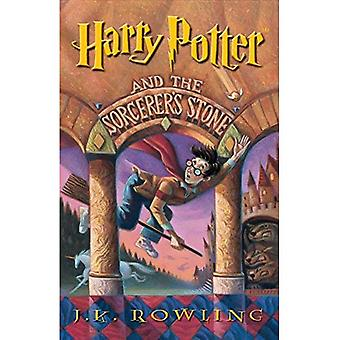 Harry Potter and the Sorcerer's Stone [Large Print]