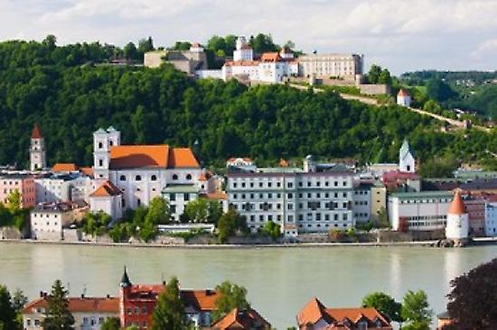 Town at the waterfront Inn River Passau Bavaria Gerhommey Poster Print by Panoramic Images (36 x 24)