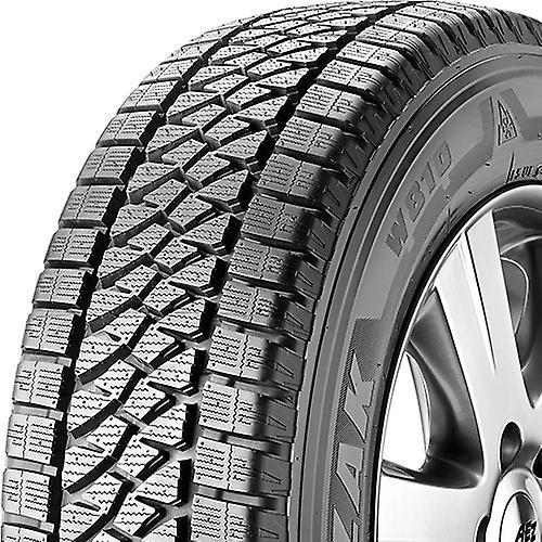 Pneus hiver Bridgestone Blizzak W810 ( 205 65 R16C 107 105T )