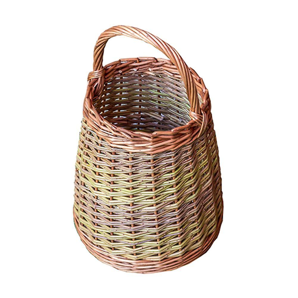 grand Wicker Berry Collecting Basket