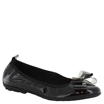 Women's handmade ballerinas in black calf leather with bow