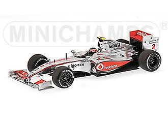 McLaren Mercedes MP4-24 (Heikki Kovalainen - Showcar 2009) moulé sous pression